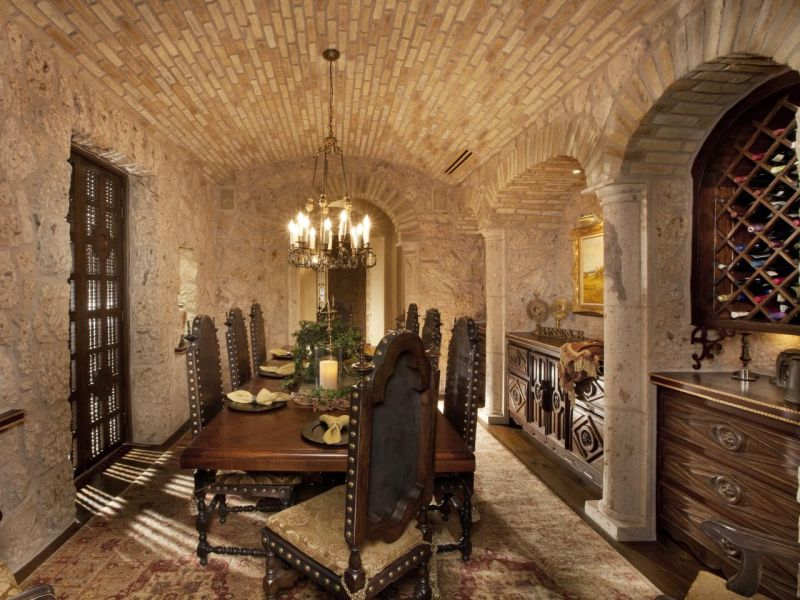 Italian style interior design ideas for elegance