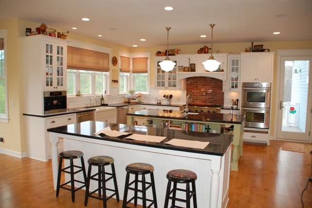 The main home design trends in 2015 for Country kitchen island designs