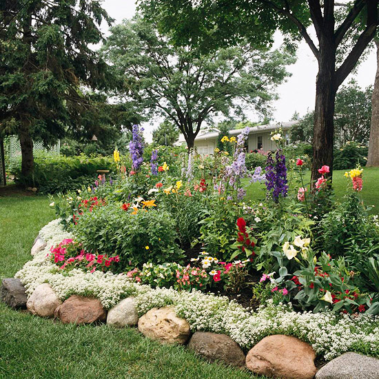 Ideas for garden borders and edging for Flower bed edging ideas