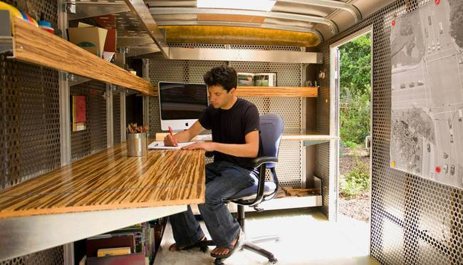 The mobile office in a trailer