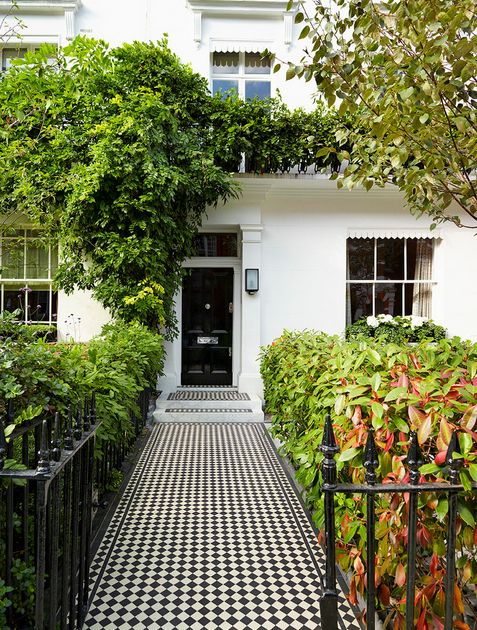 Wrought iron modern fence at home