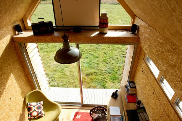The 1,000 pounds tiny house in England