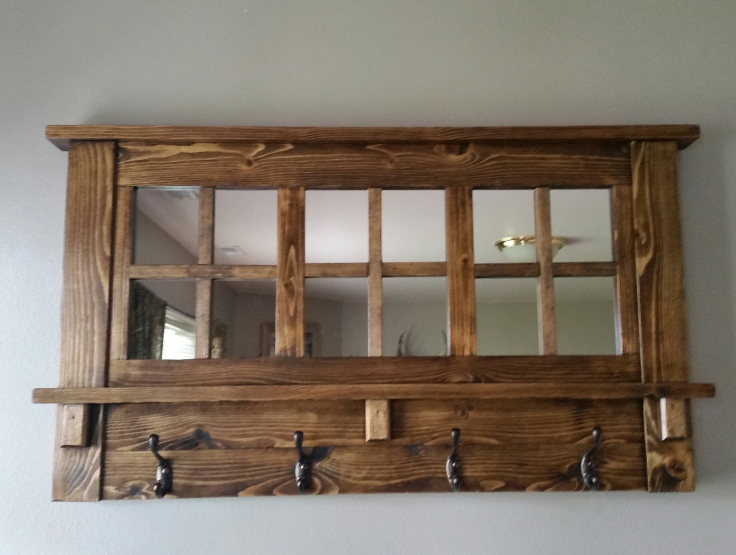 Rustic wood coat racks 17 diy stylish ideas for Miroir antique en bois