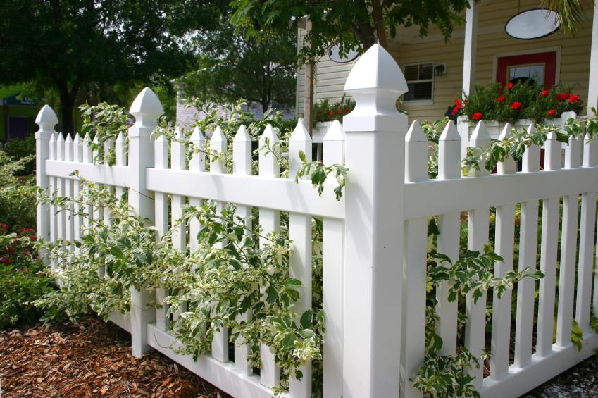 gardulete din lemn pentru gradina Garden fencing ideas 3