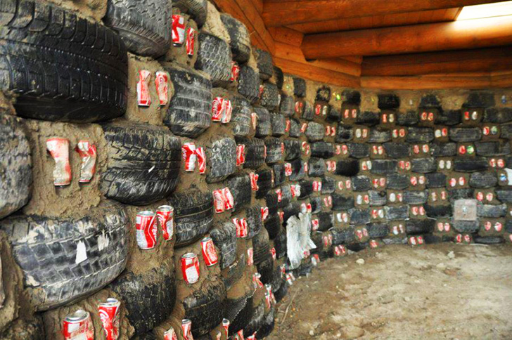 case din anvelope uzate Houses made of used tires 8