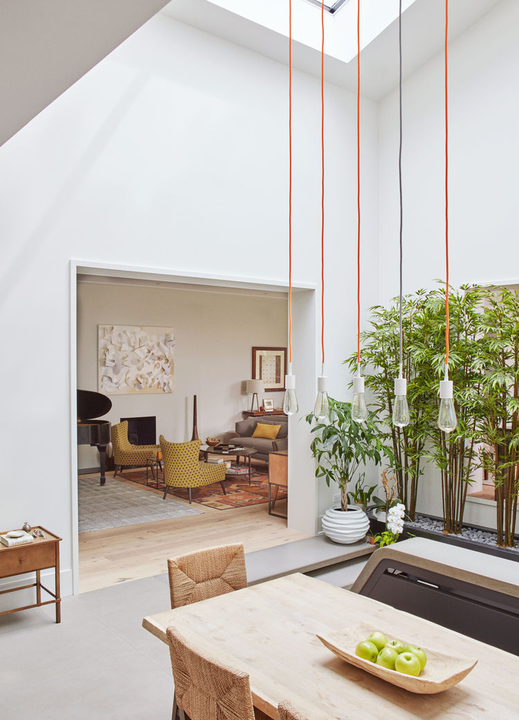 The atrium house a historic home transposed into for Atrium homes