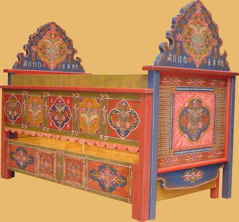 mobila pictata saseasca Transylvanian painted furniture 9