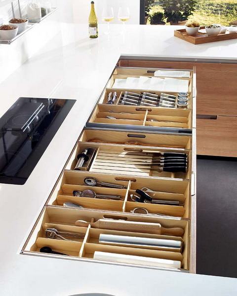 sertare practice de bucatarie Practical kitchen drawers