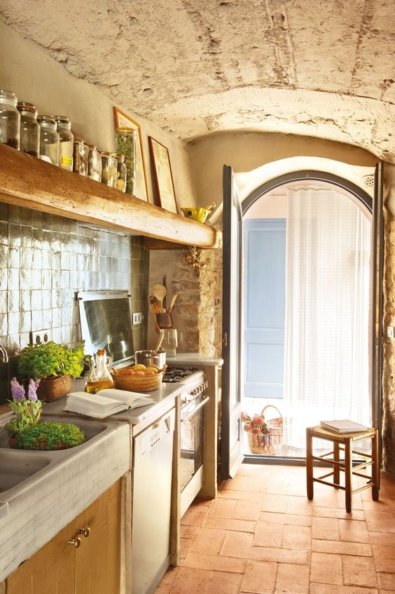 15 rustic style kitchen design ideas houz buzz for Rustic chic kitchen ideas