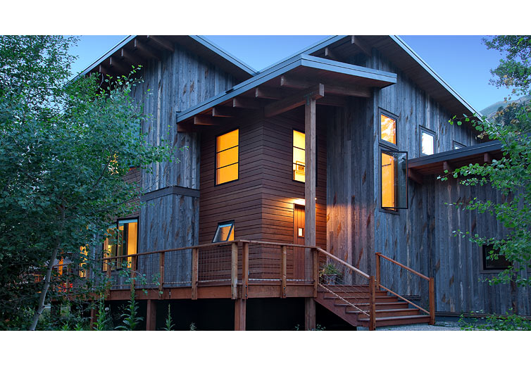 3 Fascinating Salvaged Wood Houses Houz Buzz