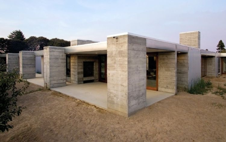 Precast concrete houses austere yet practical design Precast concrete residential homes