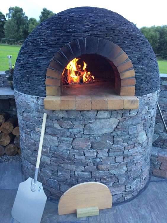 Outdoor stone ovens 13 practical and aesthetic ideas houz buzz - Outdoor stone ovens ...