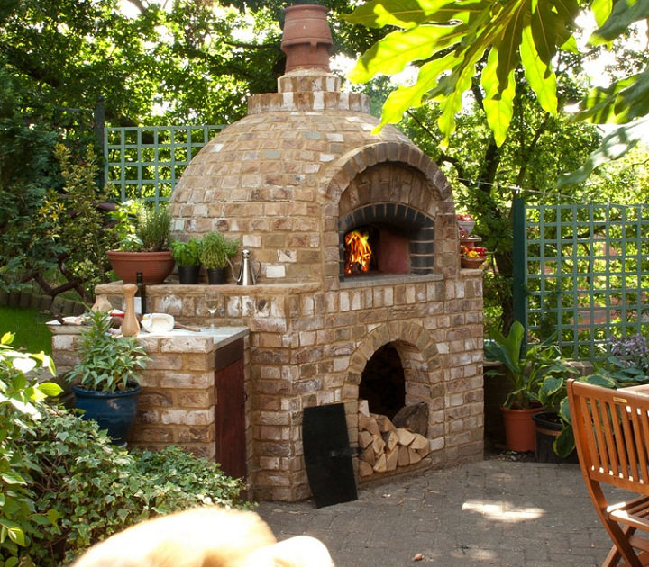 Outdoor brick ovens 16 easy to replicate ideas houz buzz - Outdoor stone ovens ...