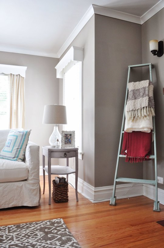 Ways to fill empty corners