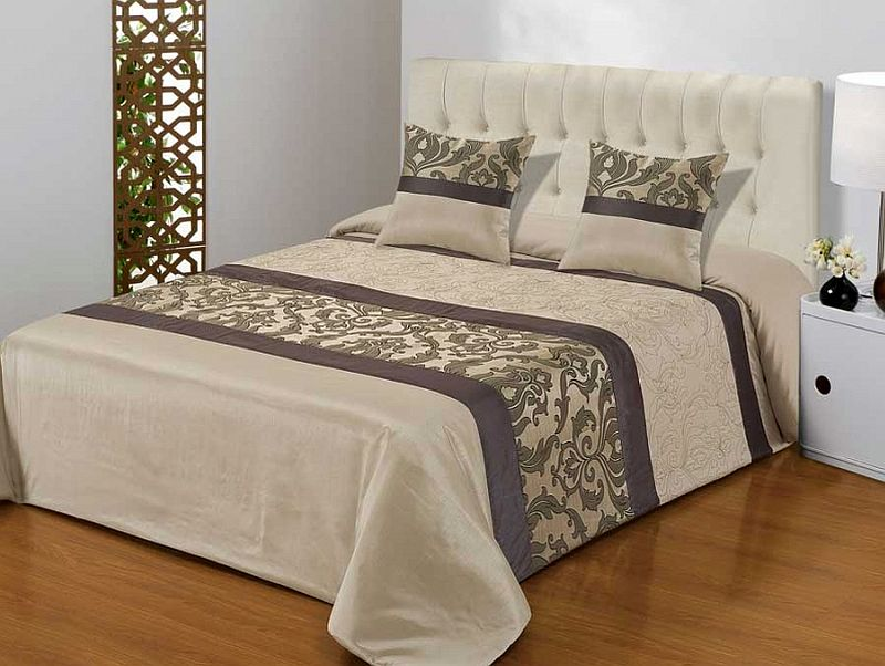 lenjerii si cuverturi bed linen and throws 2