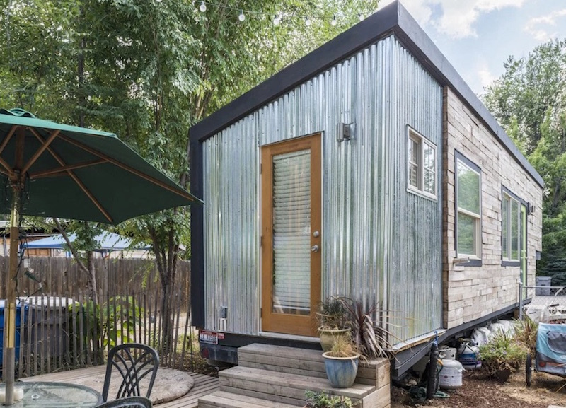 The 18 square meter tiny house