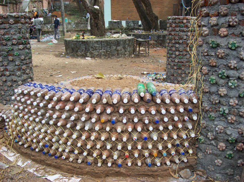Brief guide to building a house with plastic bottles houz buzz - Building a house with plastic bottles ...