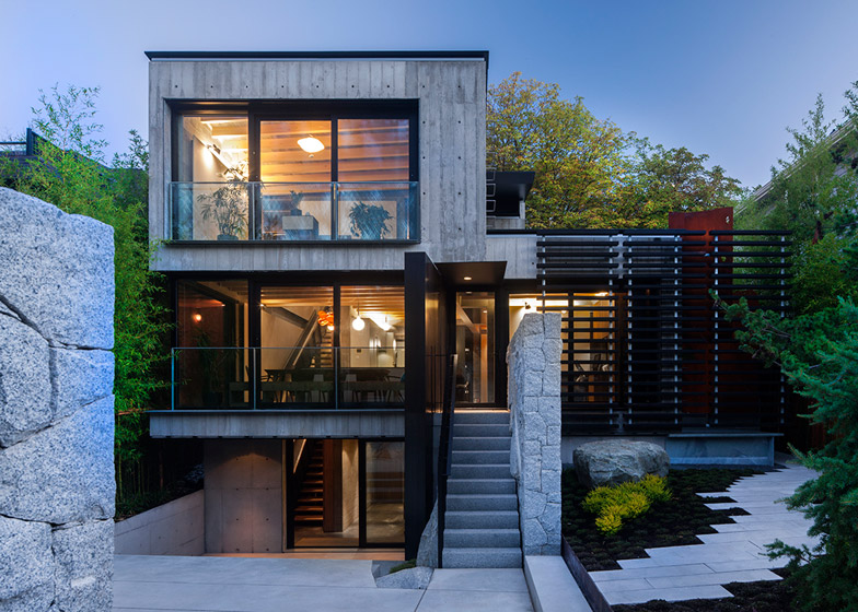 Precast Concrete Houses Advantages Behind An Austere Look Houz Buzz