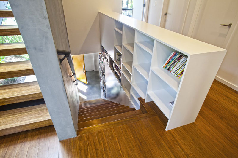 scari cu biblioteci in loc de balustrada Staircases with integrated bookshelves 4