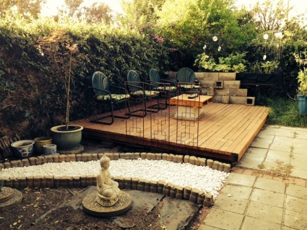 terasa din paleti Wood pallet deck ideas 4