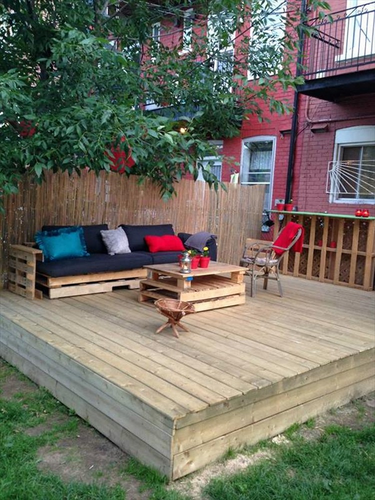terasa din paleti Wood pallet deck ideas 9