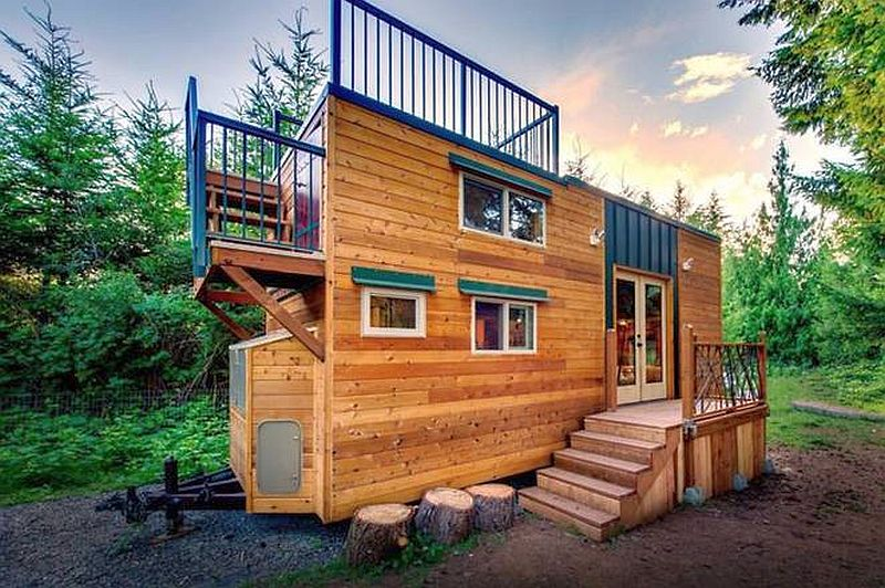 casuta cu terasa pe acoperis the roof deck tiny house   1