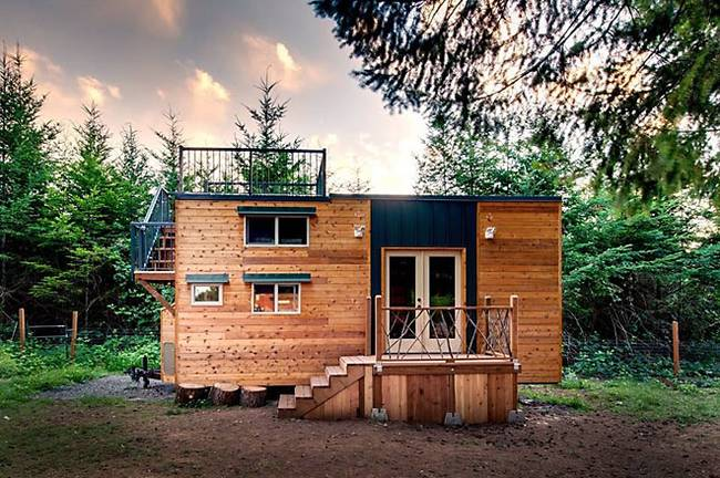 casuta cu terasa pe acoperis the roof deck tiny house   2