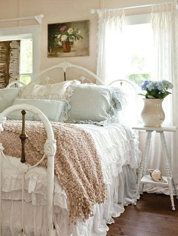 13 Best Vintage Bedroom Decor Ideas And Designs Houz Buzz